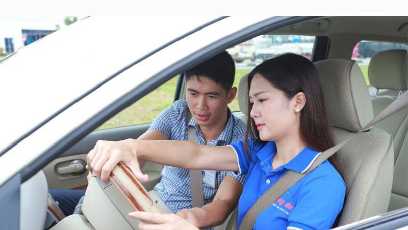 Hướng dẫn lái xe sa hình B2