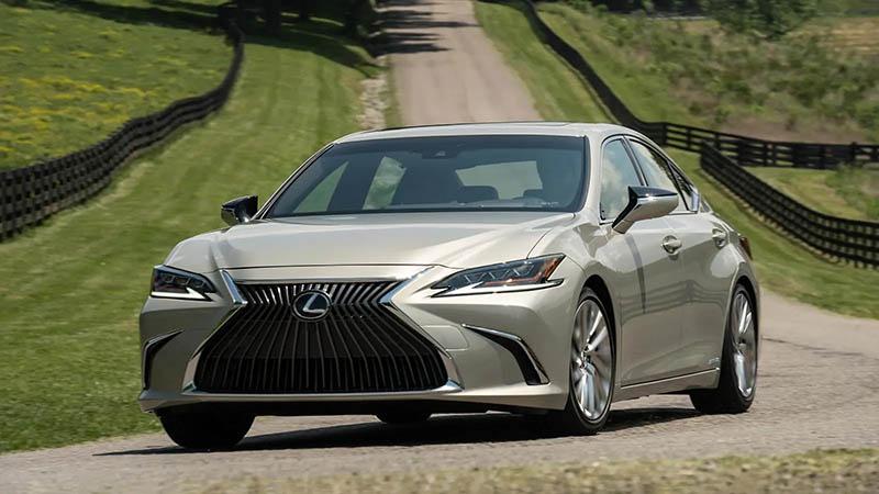 Hình ảnh mẫu mới nhất của dòng xe Lexus ES 250