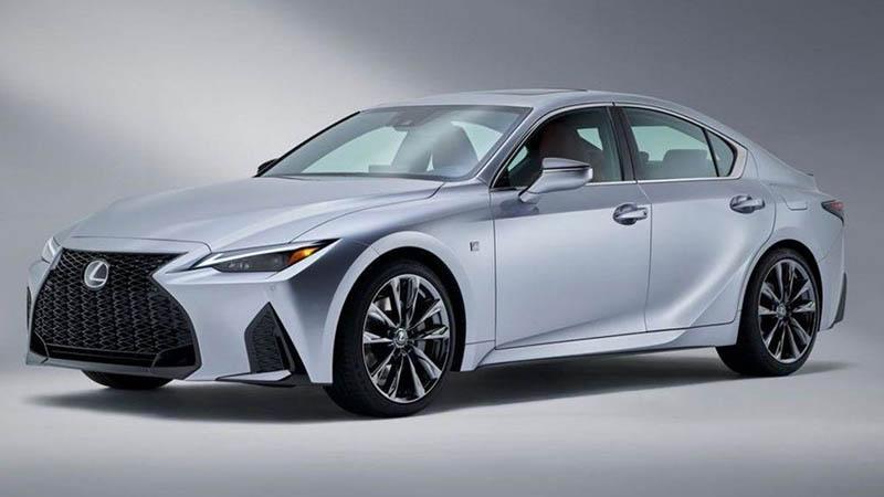 Thiết kế bên ngoài của Lexus ES bóng bẩy, thanh lịch