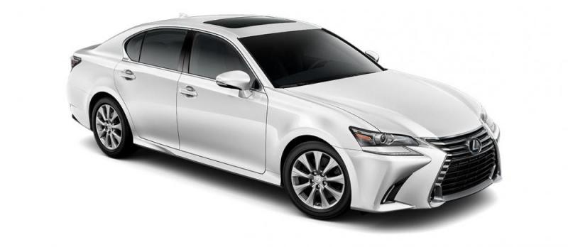 Lexus GS 300 xứng đáng là mẫu xe sedan thể thao hạng sang được săn đón