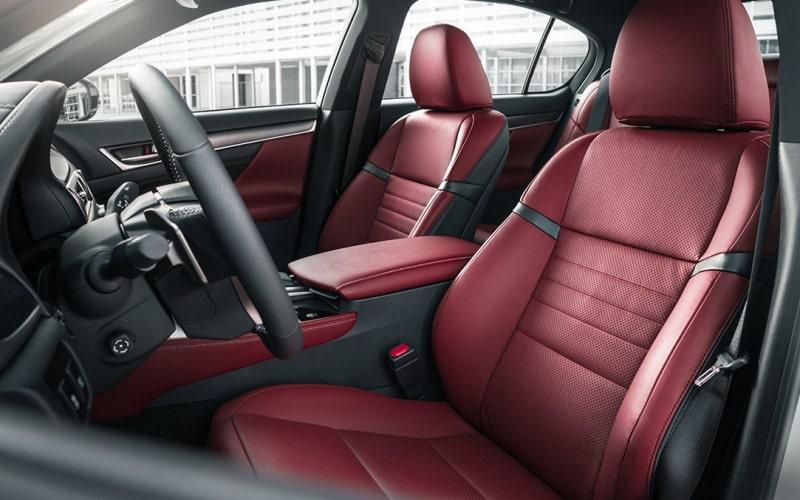 Nhiều người băn khoăn có nên mua xe Lexus GS 300 mới không