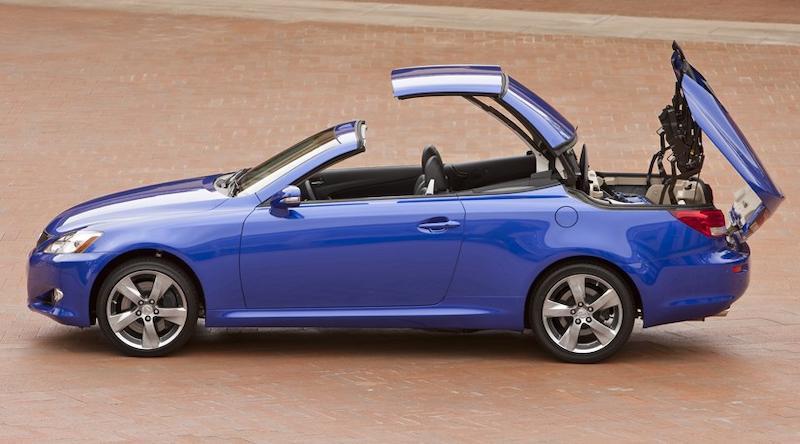 Lexus IS250c mui trần màu xanh dương