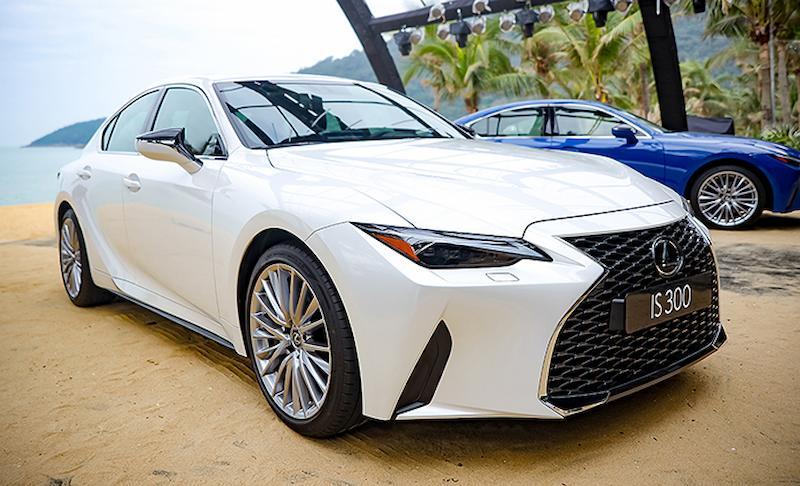 Lexus IS300 phiên bản màu Sonic Quartz