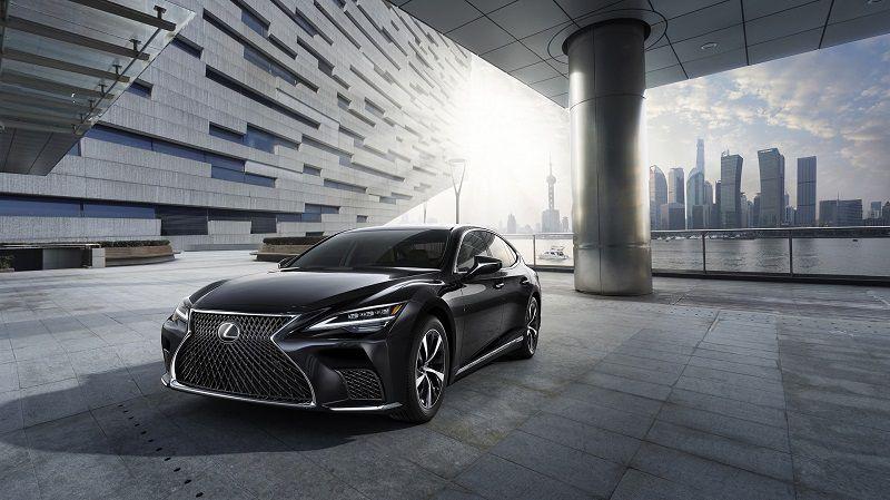 Thiết kế ngoại thất của Lexus LS phiên bản mới nhất 2021