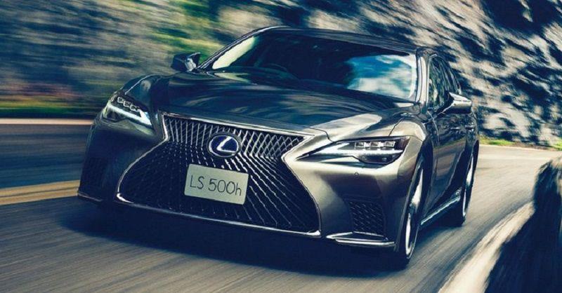 Lexus luôn đặt tiêu chí an toàn cho khách hàng lên hàng đầu
