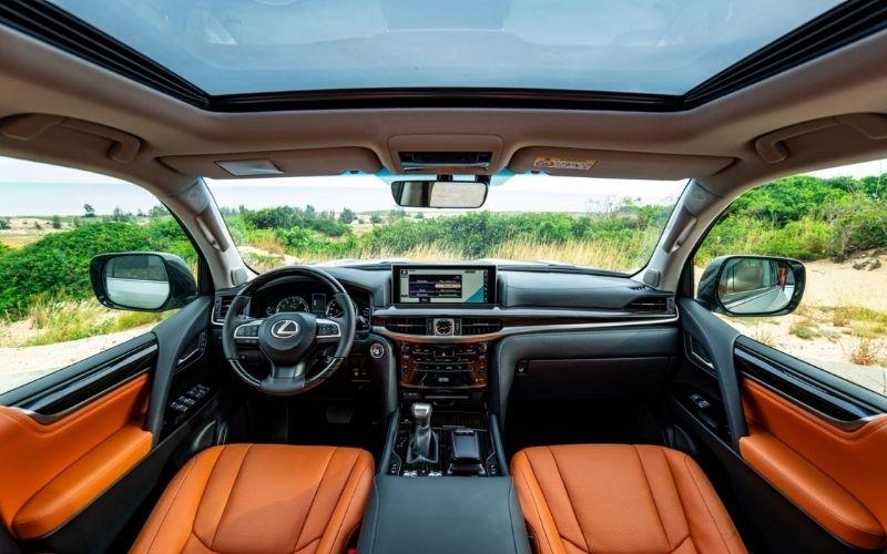Nội thất xe LX 570 2021 sang trọng, hiện đại và đầy đủ tiện nghi